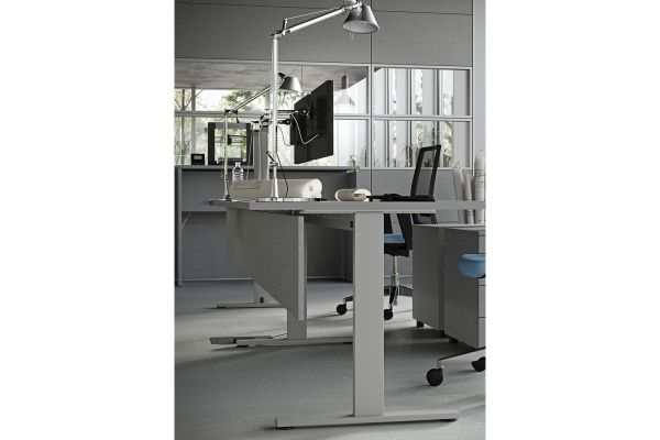 arredo-ufficio-operativo-03-kamospure-80764776A-D357-F09F-17D2-2436B1FDF3C8.jpg