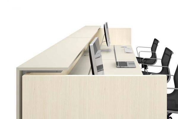 arredo-ufficio-recepetion-01-funny-712B5104C-43DC-5028-9F27-3E00C257F0C3.jpg