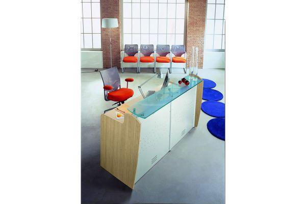 arredo-ufficio-reception-03-reception-10359688FB-6F30-F8EE-54E1-90852F1DF550.jpg