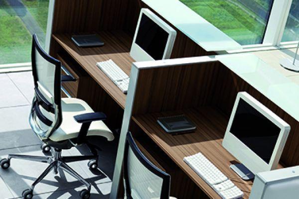 arredo-ufficio-reception-05-702-246998522F-3A78-D0C1-8440-9B86B10E4182.jpg